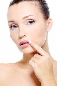 Перманентный макияж губ: уход